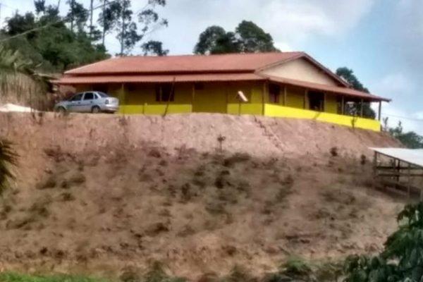 Chácara 2.800m² Casa nova, 2 km da Represa do Rio bonito - Sta Ma Jetibá ES